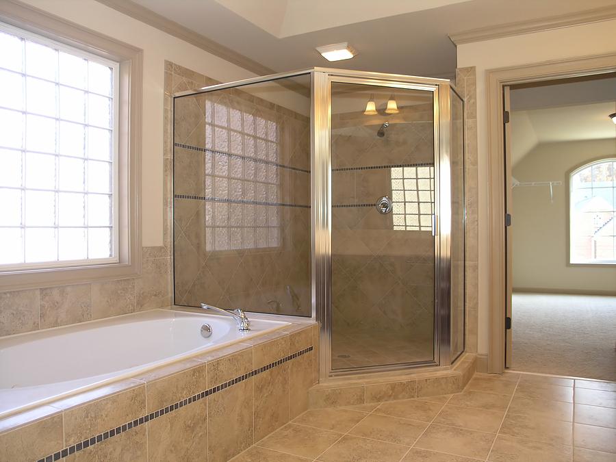 Open shower bathroom